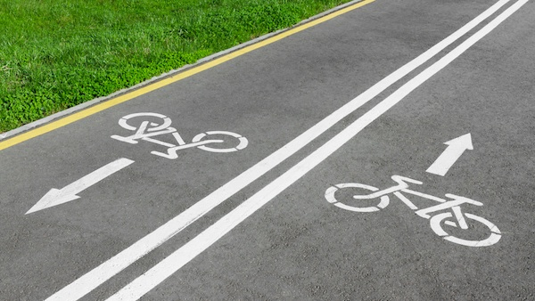 unbroken bike path, continuous bike path