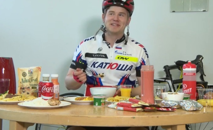 How Much a Pro Cyclist Eats