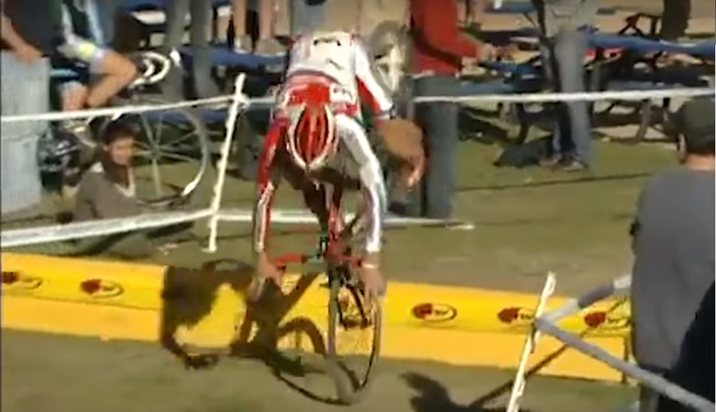 cyclocross-barrier-fails-video