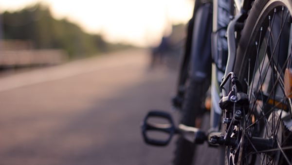How to change a bike pedal