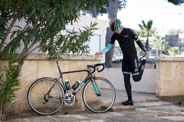 Do Cyclists Need to Stretch?