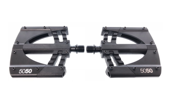 Best Mountain Bike Pedals >> The Best Flat Mountain Bike Pedals I Love Bicycling